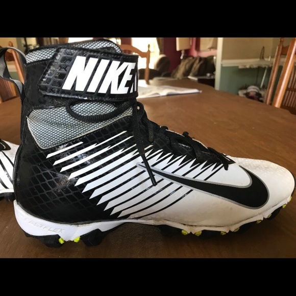 best sneakers cac81 f0d73 Nike Strike Cleats